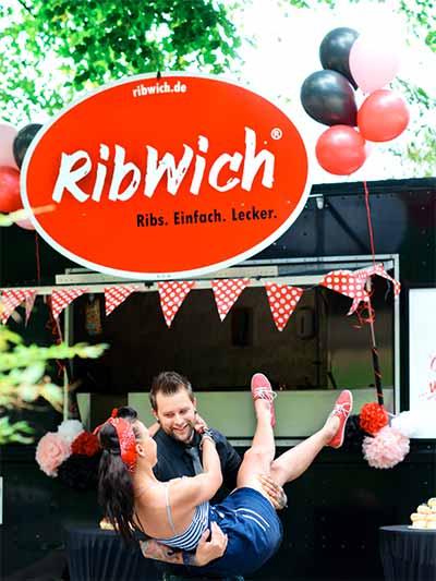 RibWich Sandwich bei der Zubereitung